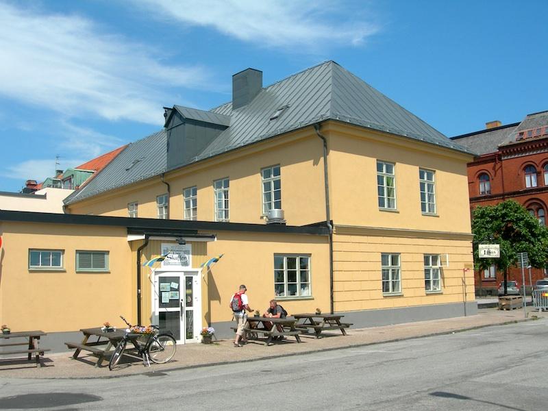 Snickeri YstadÖsterlen Skåne Specialsnickerier kök badrum finsnickeri walk in closet gårdshus